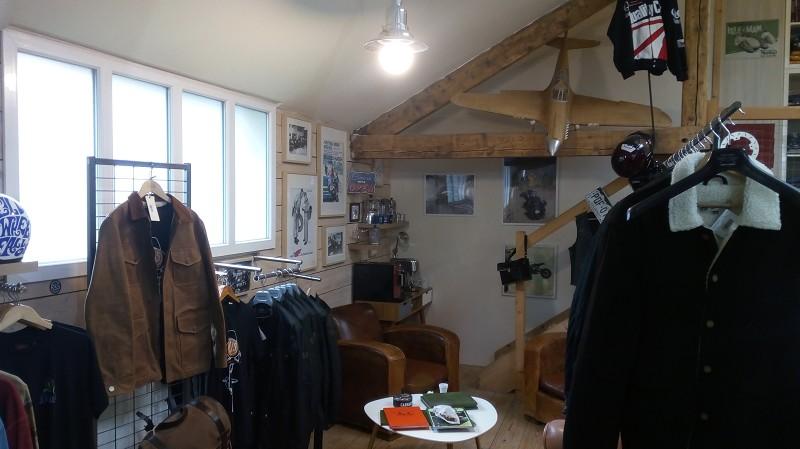 Tous commerces à louer - 180.0 m2 - 44 - Loire-Atlantique