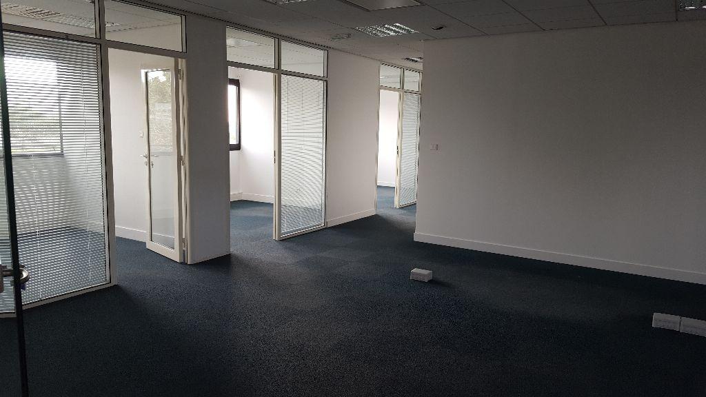 Bureaux à louer - 197.0 m2 - 44 - Loire-Atlantique