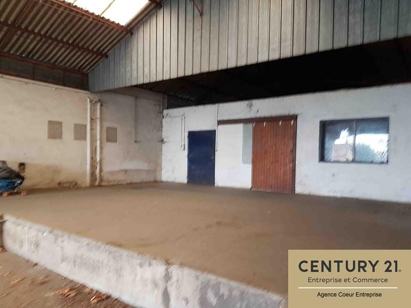 Location commerce - Saone-et-Loire (71) - 300.0 m²