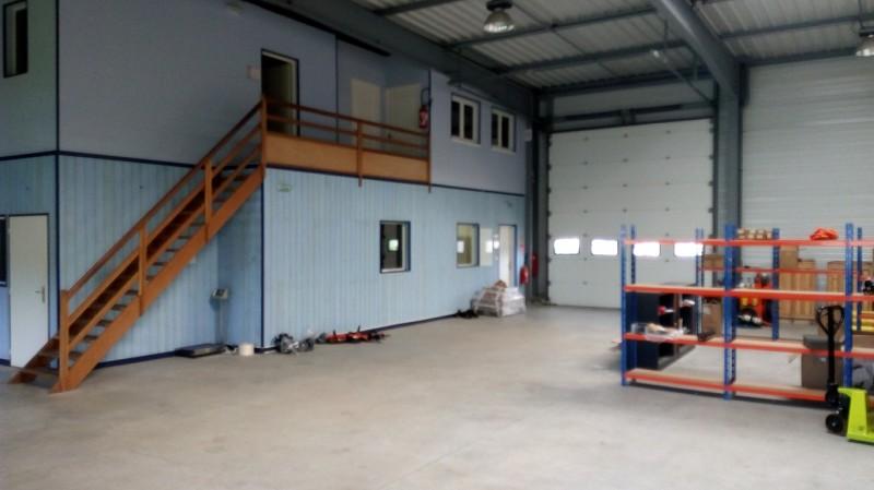 Local d'activité à louer - 325.0 m2 - 44 - Loire-Atlantique