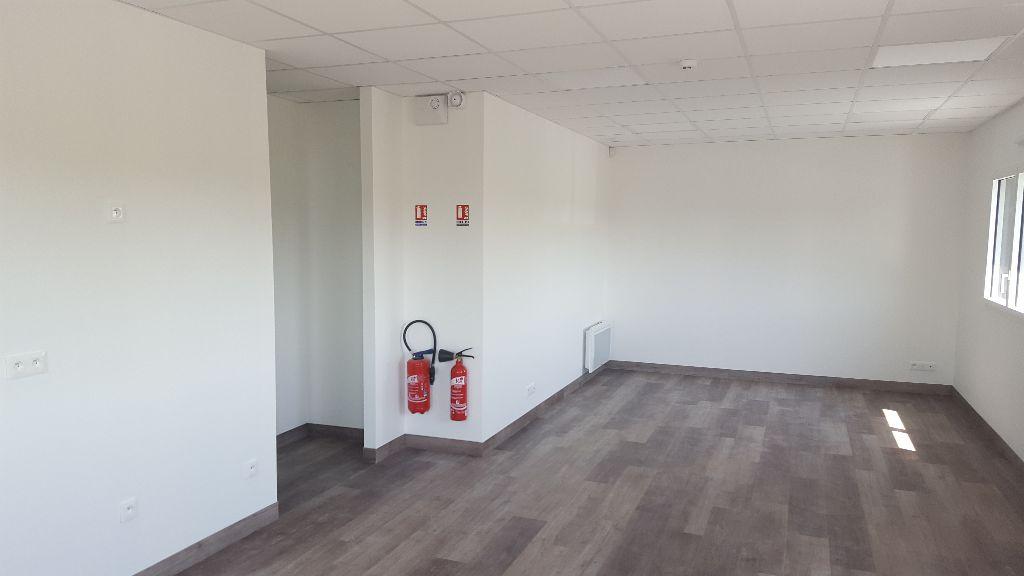 Bureaux à louer - 86.0 m2 - 44 - Loire-Atlantique