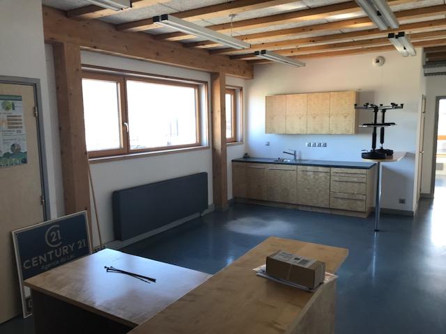 Location entreprise - Haute-Savoie (74) - 106.0 m²