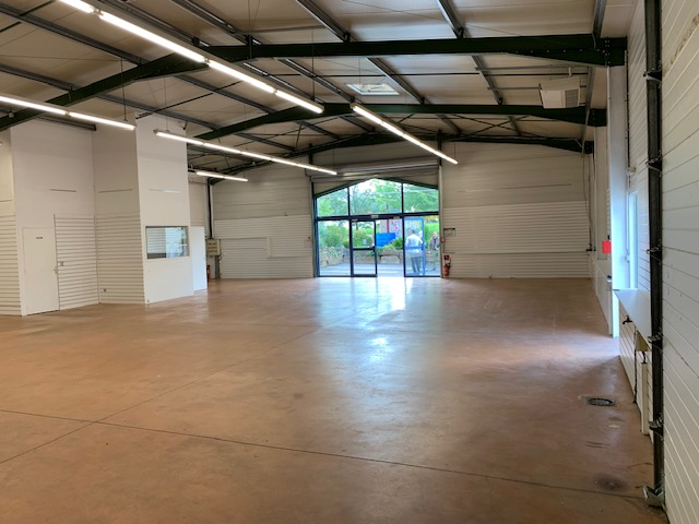 Location commerce - Tarn (81) - 300.0 m²
