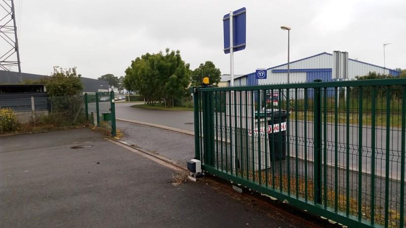 Local d'activité à louer - 130.0 m2 - 44 - Loire-Atlantique