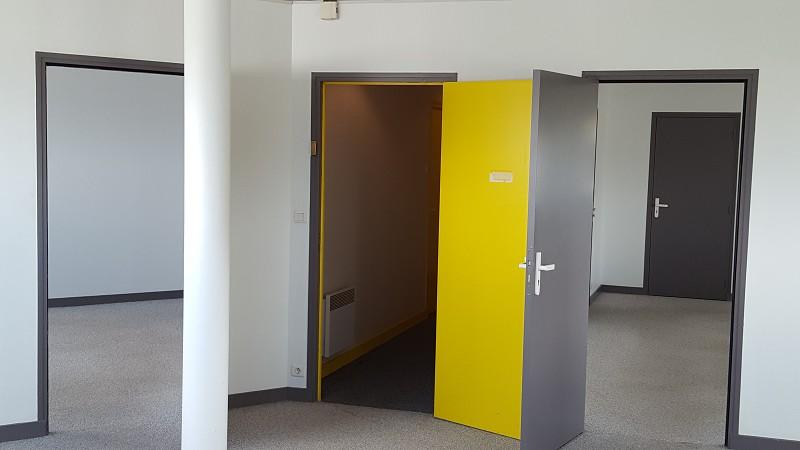 Bureaux à louer - 230.0 m2 - 44 - Loire-Atlantique